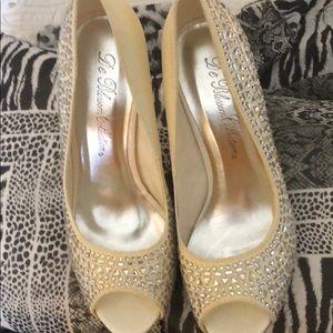 Sz 8 bridal shoes